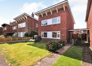 Four Bed House for Sale in Beech Avenue, Bingham