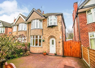 3 Bed Semi Detached House for Sale in Russell Avenue, Wollaton