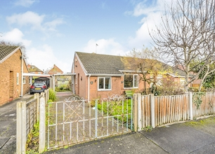 2 Bed Bungalow for Sale on Glenfield Road, Long Eaton