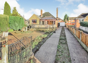 3 Bed Bungalow for Sale on South Road, Beeston