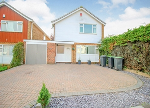 4 Bed Detached House for Sale in Ullswater Crescent, Bramcote