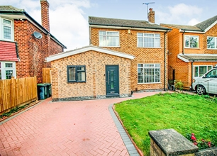 4 Bed Detached House for Sale in Rivergreen Crescent, Bramcote