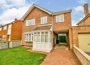 4 Bed House for Sale in Kirk Close, Chilwell, Beeston