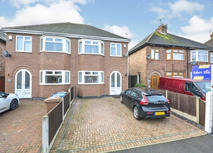 3 Bed Semi-Detached House for Sale in Bennett Street, Long Eaton