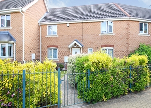 3 Bed Terraced House for Sale in Woodward Avenue, Chilwell
