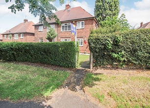 3 Bed Semi-Detached House for Sale in Bramcote Lane, Chilwell