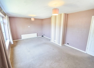 2 Bed Detached Chalet Bungalow for Sale in Norfolk Avenue, Toton