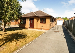 2 Bed Detached Bungalow for Sale in Sandwell Close, Long Eaton