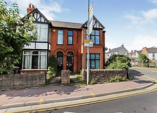 1 Bed Flat for Rent on Queens Road, Beeston