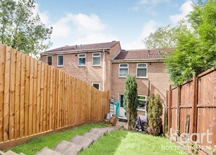 2 Bed House for Sale in Landmere Gardens