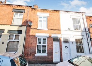 2 Bed Terraced House for Sale on Pool Road