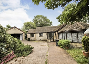 2 Bed Detached Bungalow for Sale in Genn Lane,Barnsley