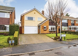 4 Bed Detached House for Sale in Grandfield Crescent, Radcliffe On Trent