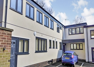 2 Bed Flat for Rent in Kingswood House, 16 Vivian Avenue