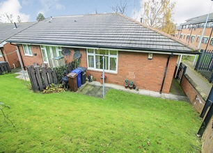 2 Bed Bungalow for Sale in Ashby Court