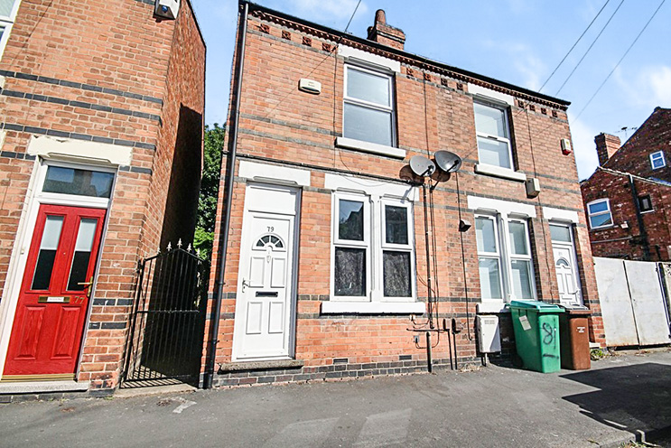 2 Bed Semi Detached House for Sale on 79 Chelmsford Road, Basford