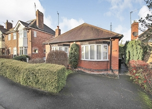 2 Bed Bungalow for Sale in Brookland Drive, Beeston
