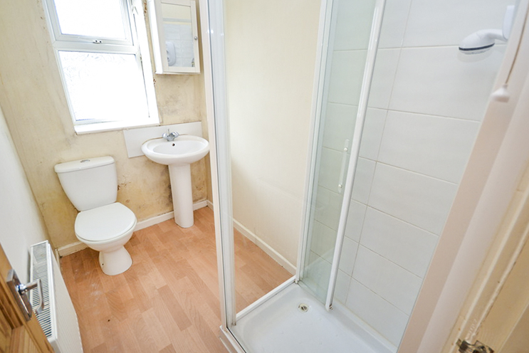 2 Bed House for Sale in 14 South Street, Hucknall