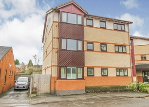 2 Bed Flat for Sale in Sandby Court, Beeston