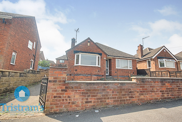 2 Bed Detached Bungalow for Sale in 12 Rigley Avenue, Ilkeston