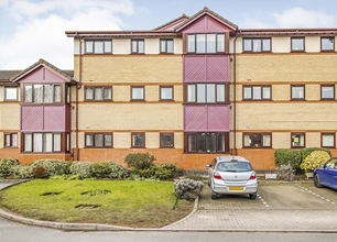 2 Bed Apartment for Sale in Sandby Court, Beeston