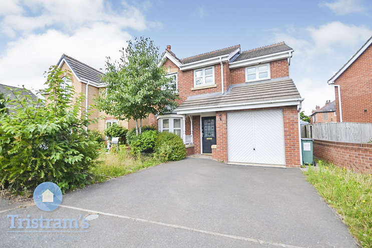 3 Bed Detached House for Rent in 11 Cairns Close, Braunstone Town