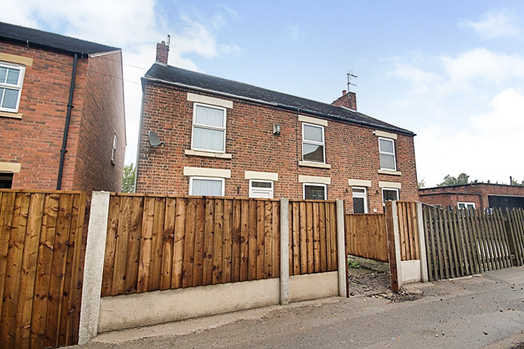 3 Bed Cottage for Sale in 2 Lows Lane, Stanton-By-Dale