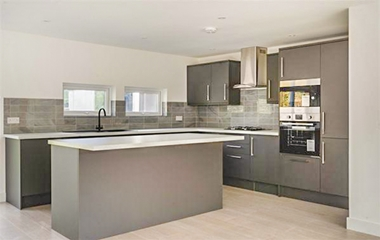 4 Bed House for Sale in Hawton Crescent, Wollaton
