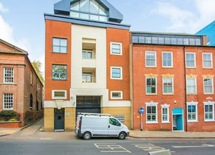 2 Bed Apartment for Rent in 21 Barker Gate