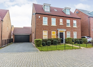 5 Bed Detached House for Sale in Beldover Drive