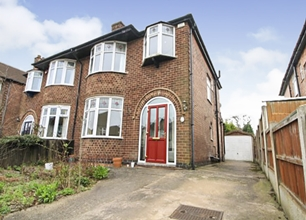 3 Bed Semi-Detached House for Rent in Russell Avenue