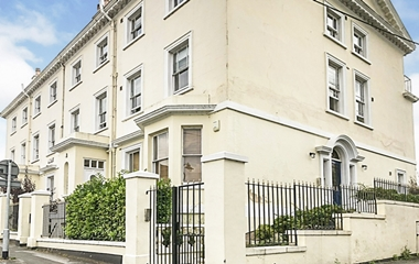 1 Bed Flat for Sale in The Ropewalk, The Park