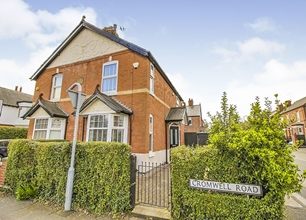 3 Bed Semi-Detached House for Sale on Cromwell Road, Beeston