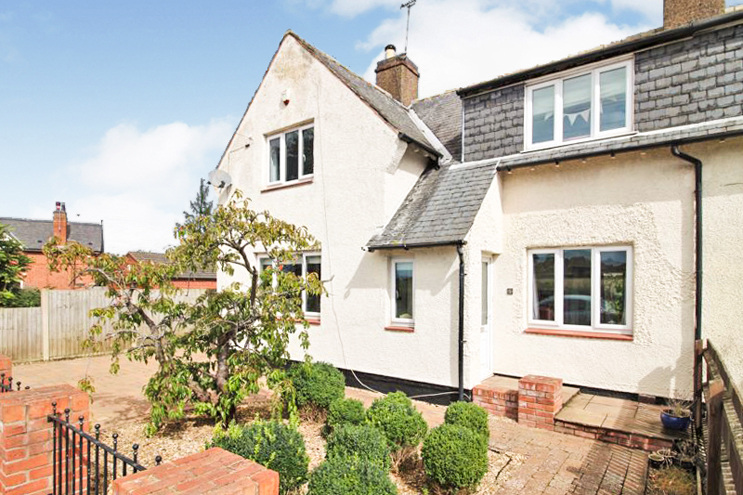 3 Bed House for sale in Saxondale Drive, Radcliffe-On-Trent