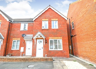 3 Bed End Terraced House for Sale in Clay Cross Drive, Clipstone