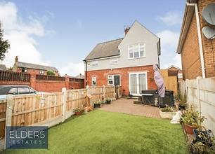 3 Bed Detached House for Sale in Greenwood Avenue