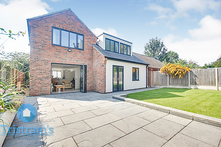 4 Bed Detached House for Sale in Main Street, Granby Hill, Granby