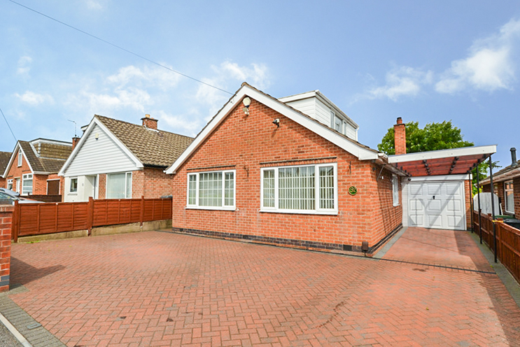 5 Bed Detached Bungalow for Rent in Highfield Road, Nuthall