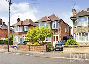 4 Bed Detached House for Sale on Oakdale Road, Carlton