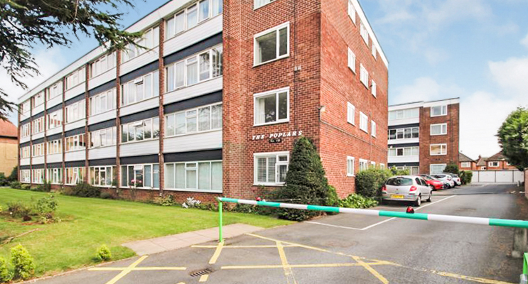 2 Bed House for Sale in The Poplars, Rugby Road, West Bridgford