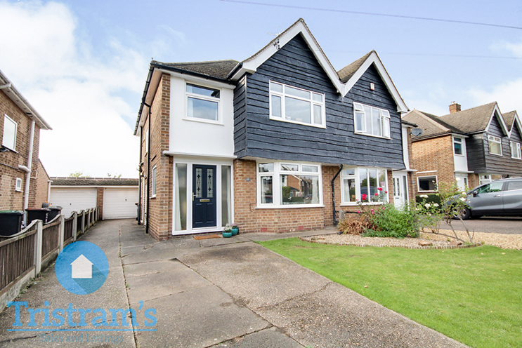 3 Bed Semi-Detached House for Sale in 27 Rufford Avenue, Bramcote