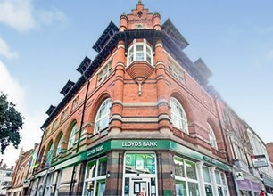 1 Bed Flat for Rent in Lower Parliament Street