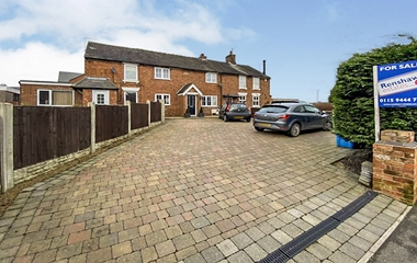 4 Bed House for sale in Belper Road, Stanley Common, Ilkeston