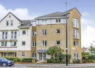 1 Bed Flat for Sale in Bartin Close