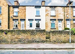 2 Bed Mid Terraced House for Sale in Bridge Street