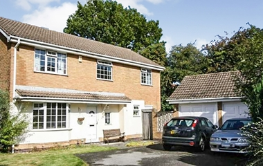 4 Bed Detached House for Sale in Somerby Court, Bramcote