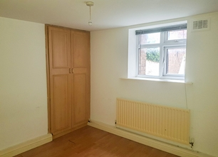 1 Bed Flat for Rent on London Road