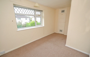 3 Bed Terraced House for Rent in Fingal Close, Clifton