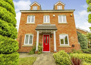 4 Bed Detached House for Sale in Wilmore Close, Chilwell