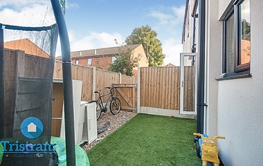 3 Bedroom Ground Floor Flat for Sale on  Basford Road